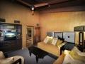 32-guest-room