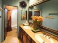 33-guest-bathroom-2